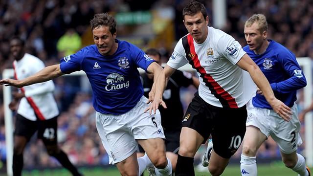 Edin Action Everton1