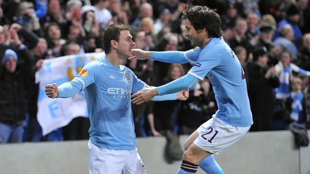 david and edin celebrates goal1