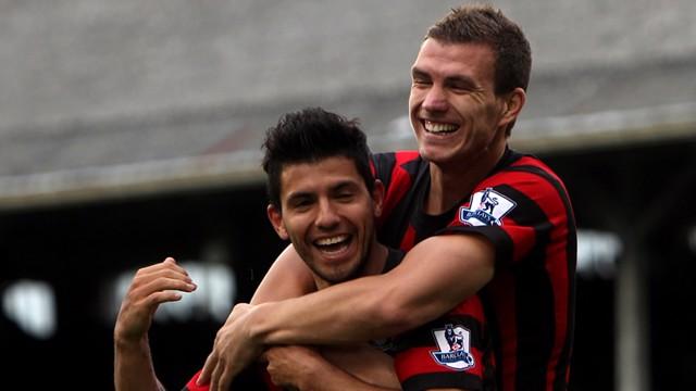 Dzeko Celebrates sergio Goal Fulham