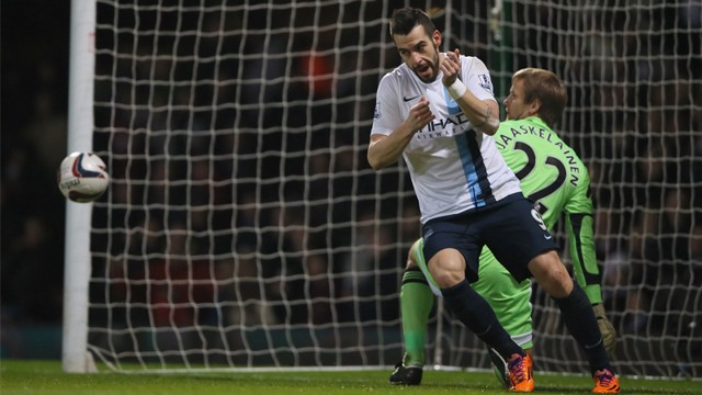 Web crop Negredo first goal celebration.jpg